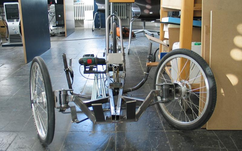 Rennholz trike runs on electric power drill