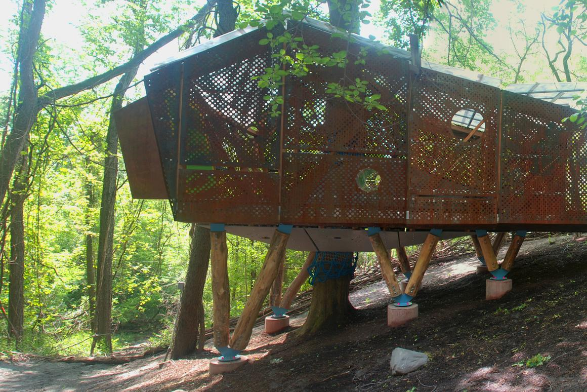 Play Perch is a treehouse-cum-classroom designed by Syracuse University of Architecture students (Photo: Syracuse SOA)