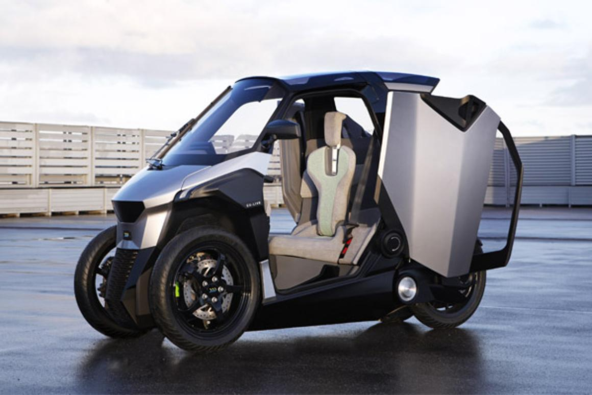 Peugeot's PHEV tiltingscooter is based on the architecture of a tricycle