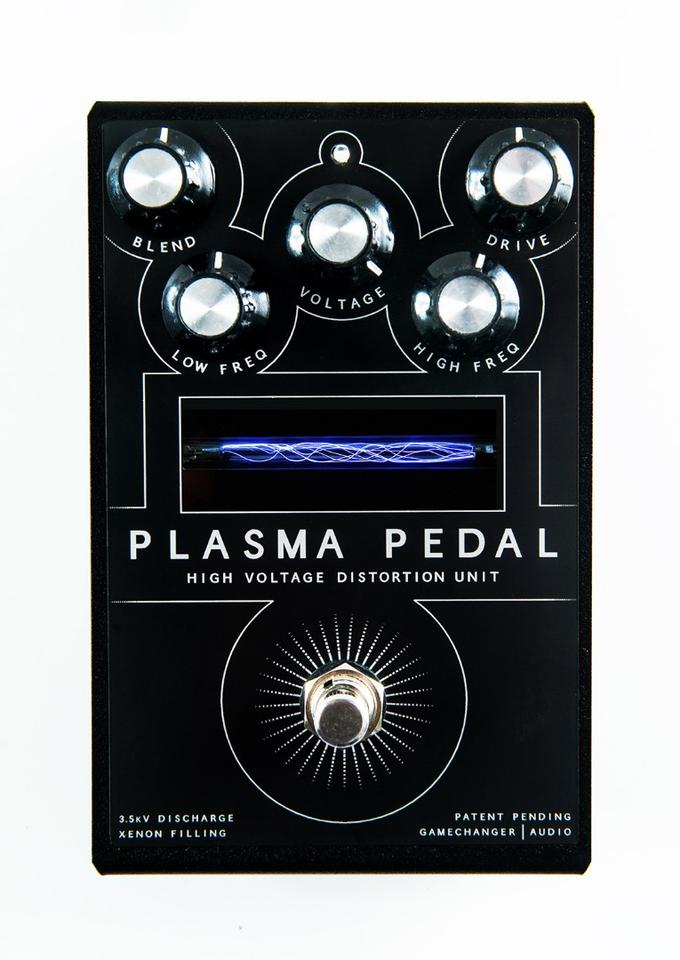 A guitar's live signal is routed through the Plasma Pedal's xenon-filled tube