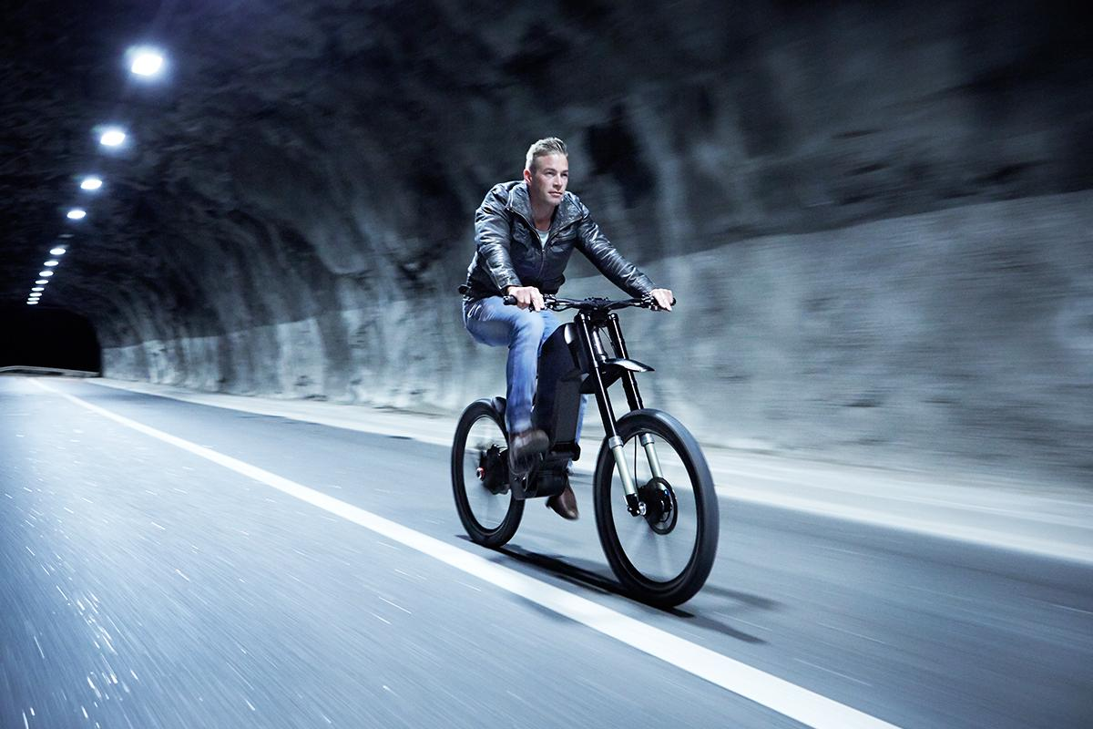 The Trefecta DRT is a high-tech e-bike built for military and civilian riding