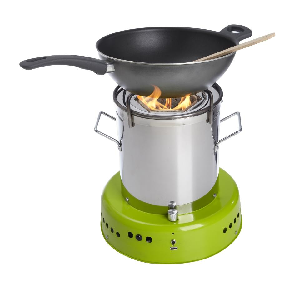 The ACE 1 uses fanned fire to provide smoke-free cooking