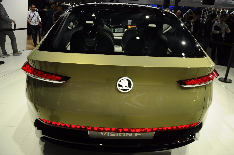 Skoda shows the Vision E at Auto Shanghai 2017