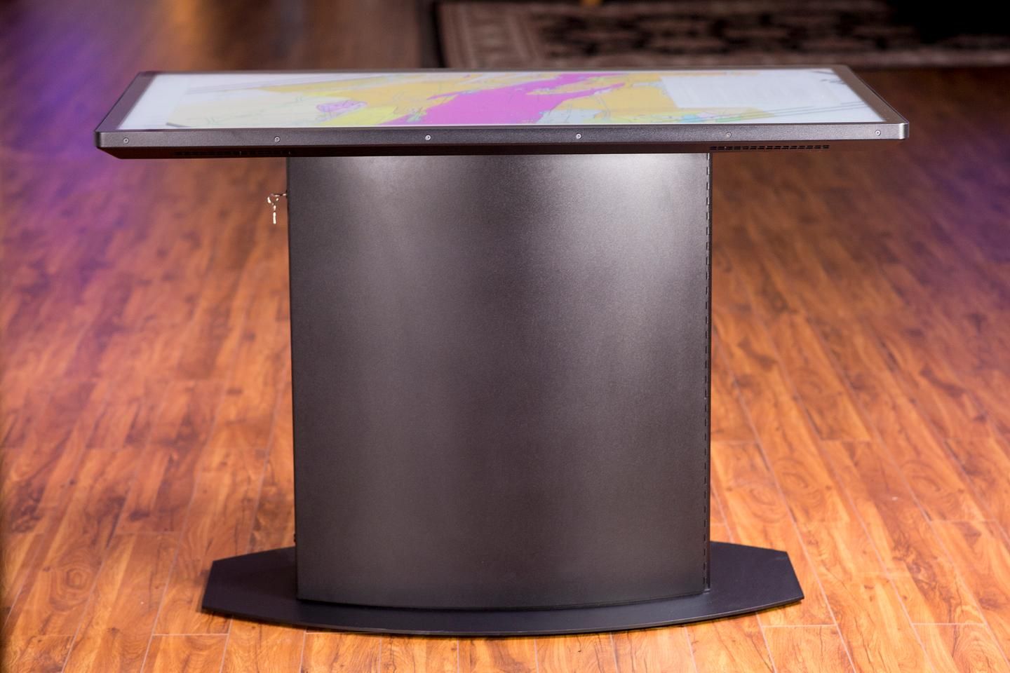 The new 4K UHD Lab Pro multitouch table from Ideum