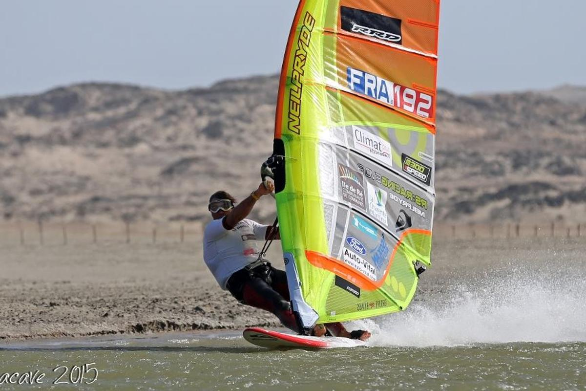 Antoine Albeau set a new world record of 53.27 knots at this year's Lüderitz Speed Challenge