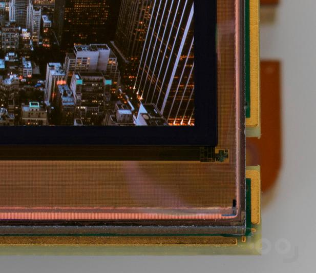 French microdisplay specialist MicroOLED has released a new panel with a 5.4 million pixel density, no spacing between pixels and 96 percent uniformity.