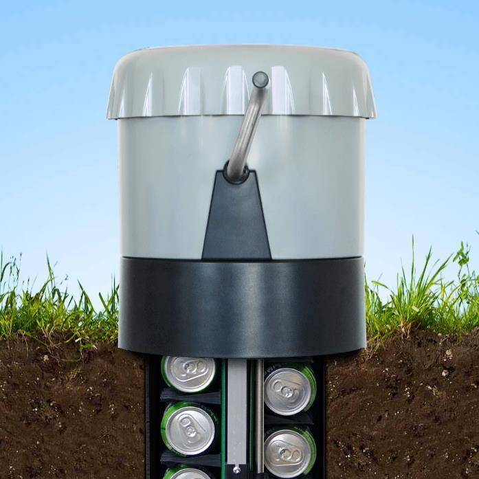 With the top pushed down the eCool can store drinks at earth temperature all year round