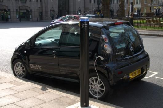 Citroen C1 electric car: a full charge takes six hours from a domestic 13 amp socket, at a cost of about 90p (USD$1.34)
