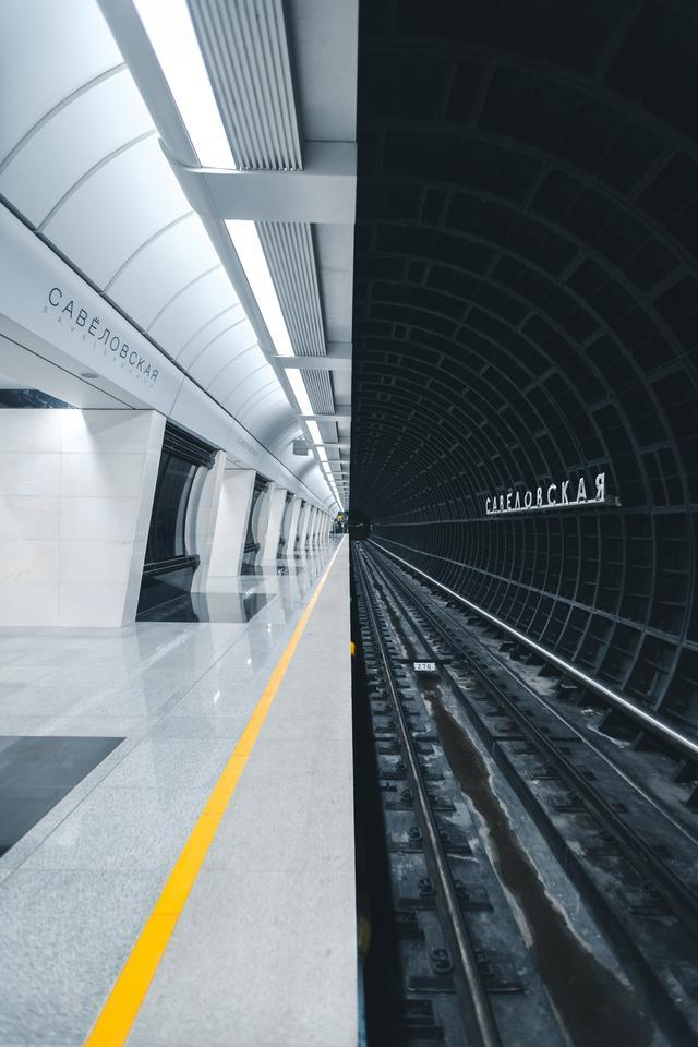 El Premio Public Choice fue para la Metrostation de Rusia Alexandr Bormotin, que fue tomada en una Canon 6D Mark II