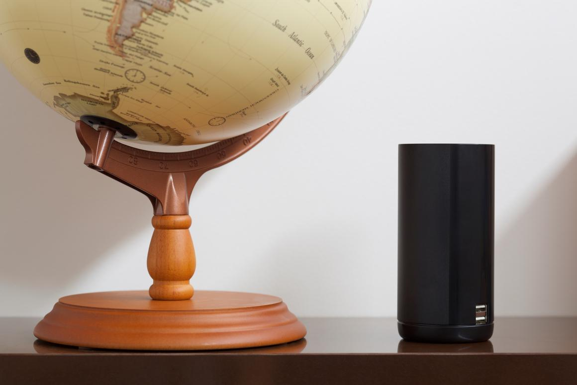 Strone Roam is designed to eliminate exorbitant global roaming costs
