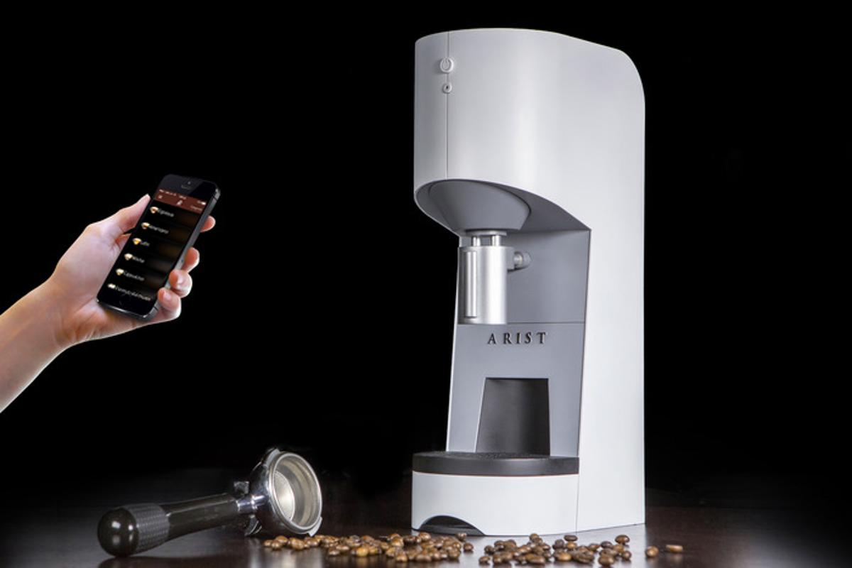Arist aims to allow users to brew professional coffee drinks from home