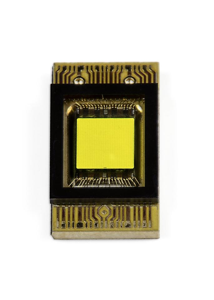 "A look at the ""smart pixel"" LED chip"