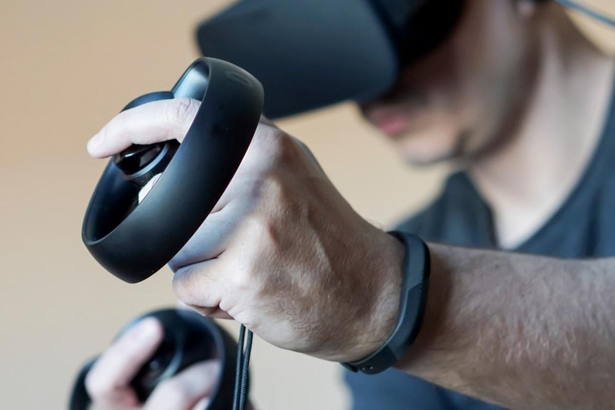 Oculus' Touch controllers allow players to use their hands inside virtual worlds