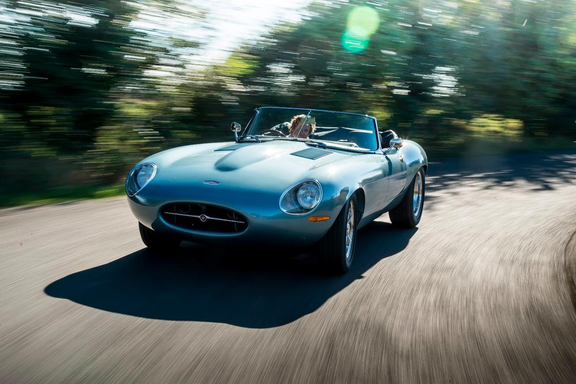 The Spyder GThas a taller windscreen than the Eagle Speedster