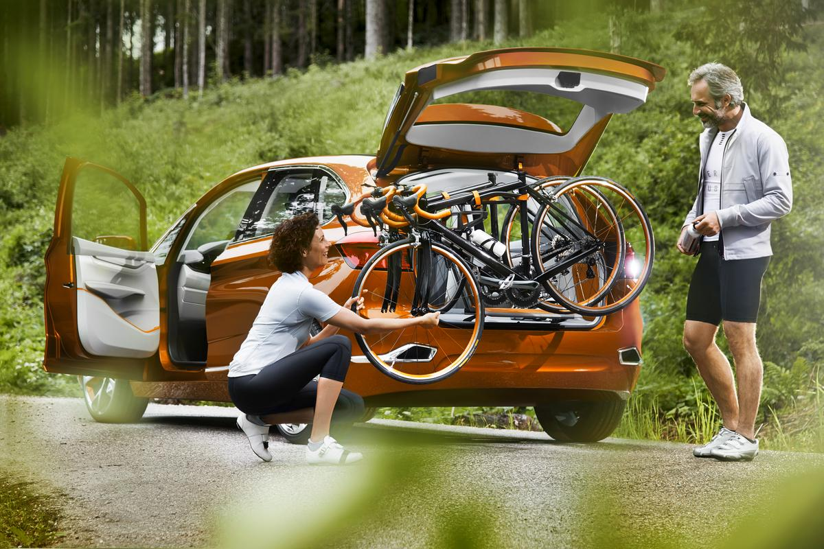 The bike carrier's pivoting arm makes for easy assembly