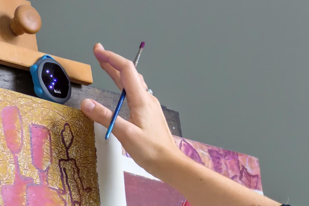 The Bixi is a 2.6 x 2.3-in (6.6 x 5.8-cm) portable optical sensor