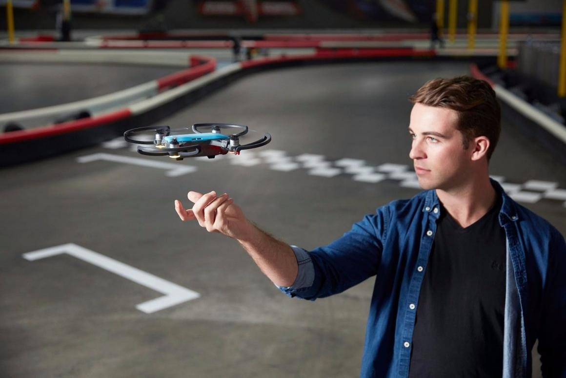 DJI Spark users can now switch video recording on and off through gesture control