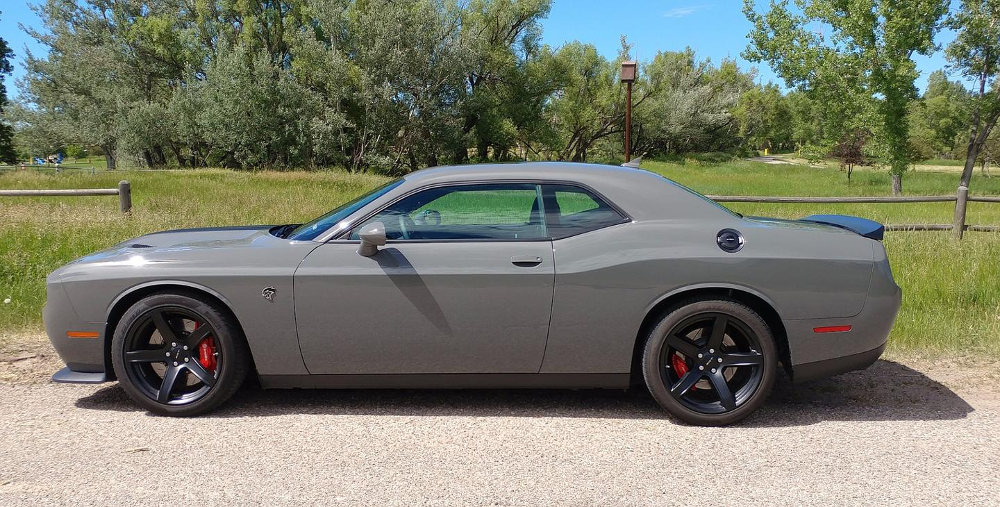 The Challenger on the whole is a beautiful piece of nostalgic engineering with a throwback look that stays modern