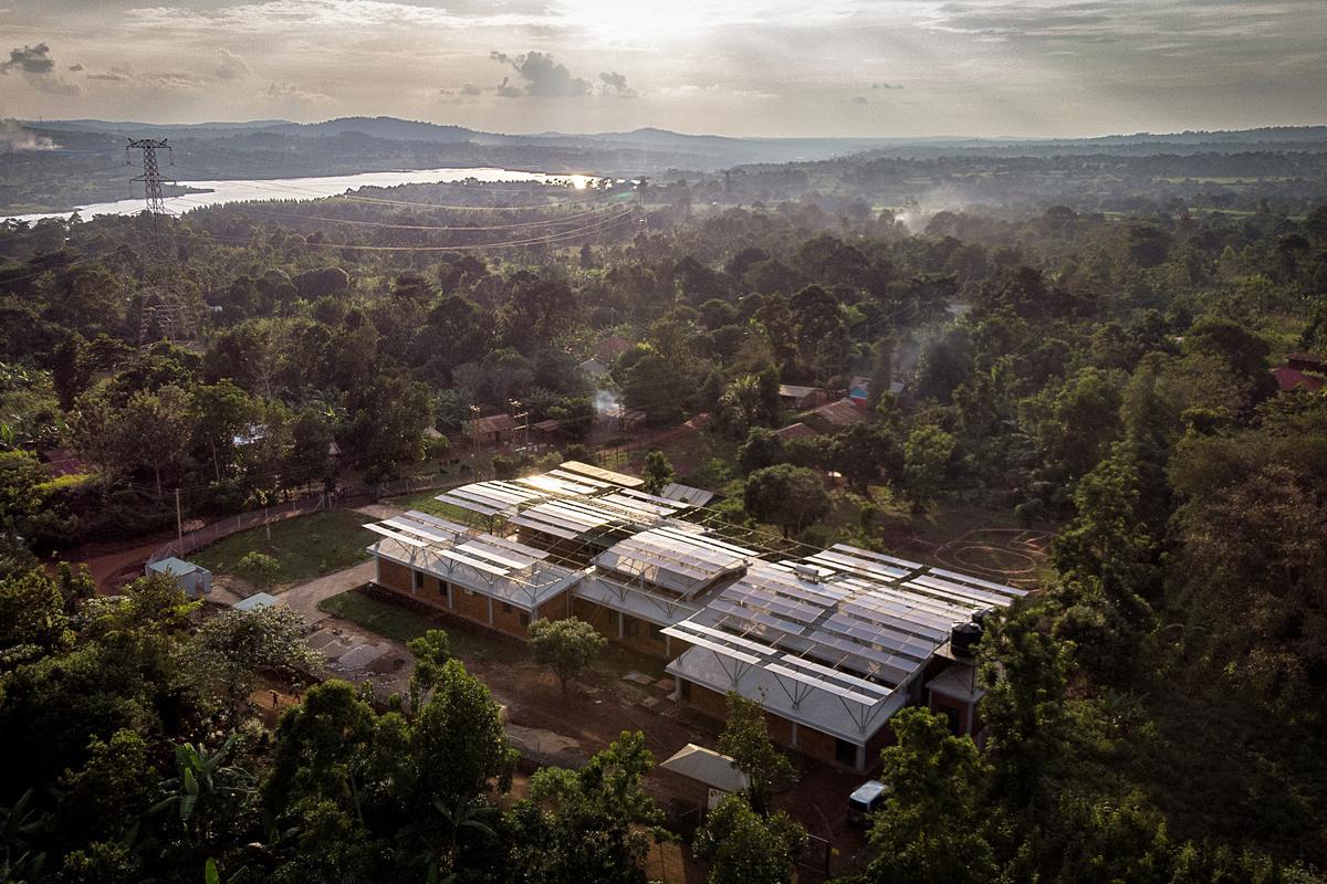The Mount Sinai Kyabirwa Surgical Facility is located in Kyabirwa, a rural village near the equator in Uganda