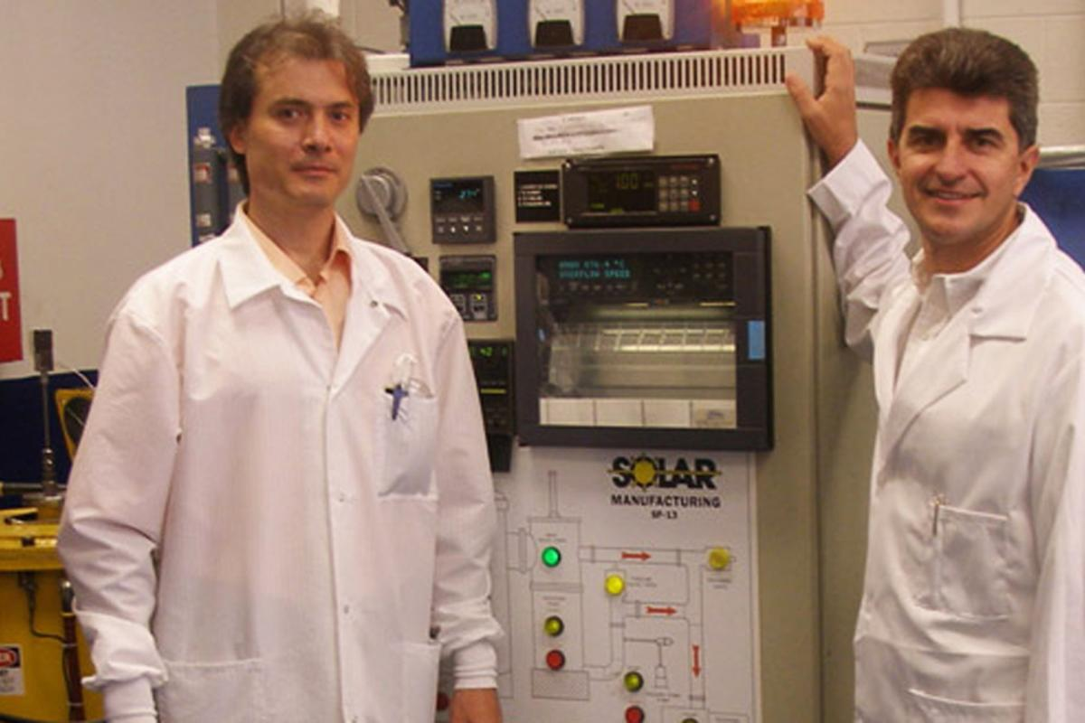 """Drexel University's Dr. Yury Gogotsi (right) and colleagues have developed an ultrahigh-power energy storage """"micro-supercapacitor"""""""