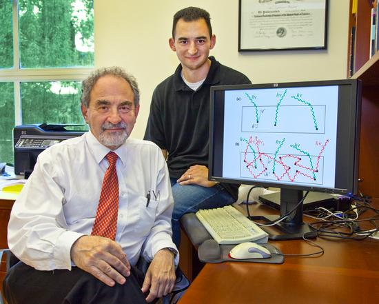 Eli Yablonovitch and Owen Miller, who worked out the theory for the new solar cell (Photo: Eli Yablonovitch)