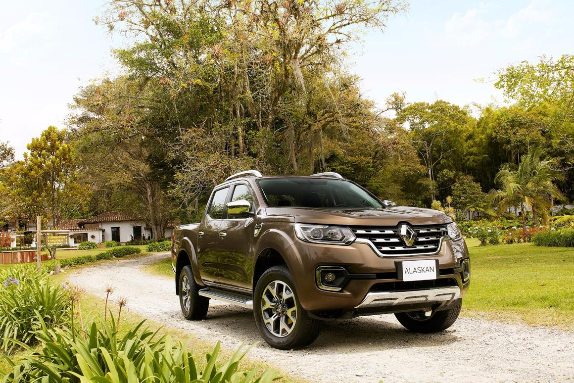 Renault reveals the production Alaskan pickup