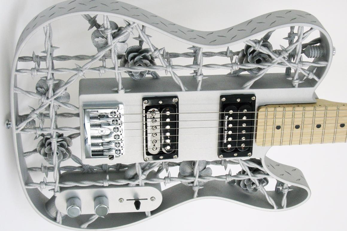 Barbed Wire Love: Olaf Diegel's 3D-printed aluminum guitar