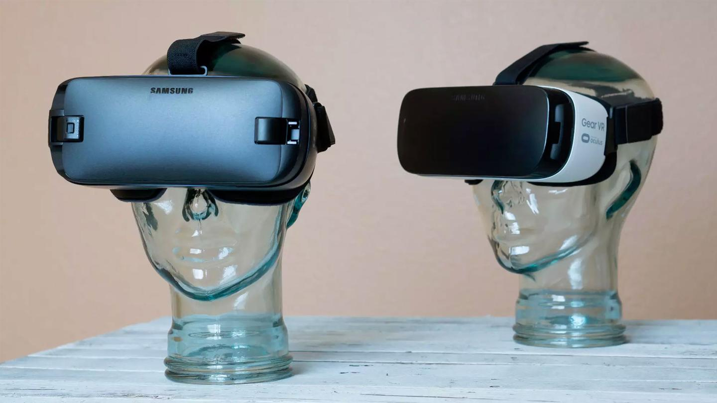 With each passing year, mobile VRtakes only the tiniest steps forward