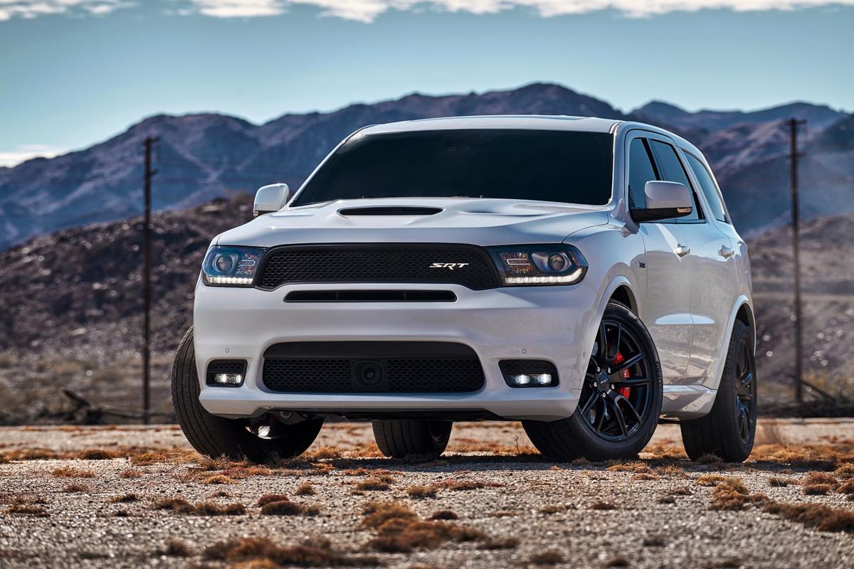 The all-new Dodge Durango SRThas a distinctive SRTface