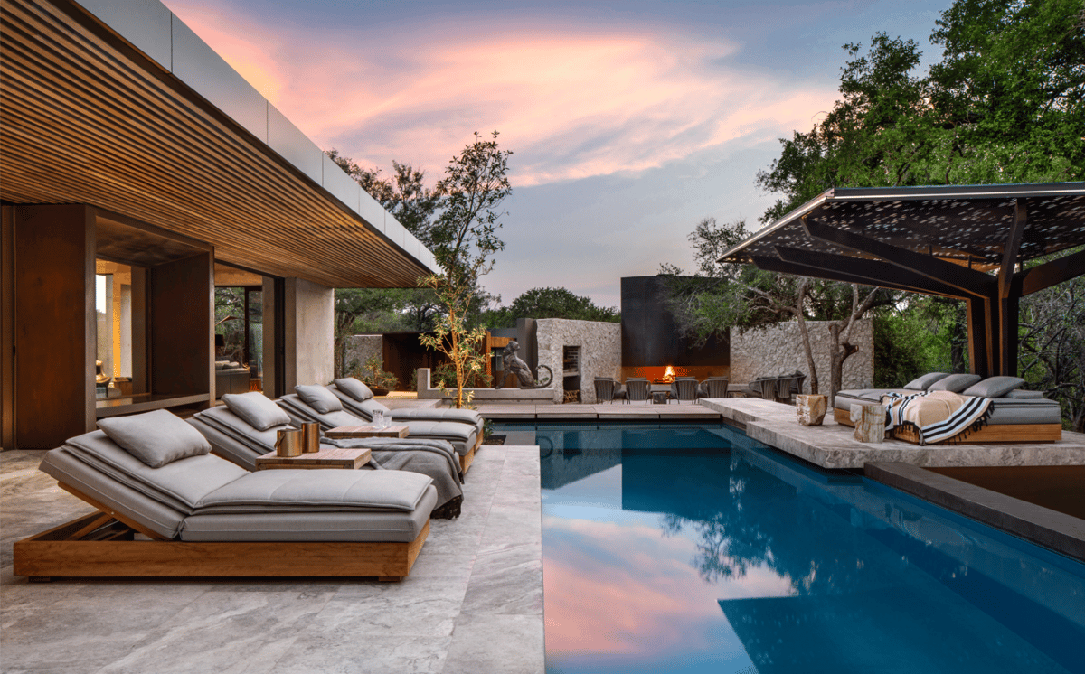 Safari guests of the South Africa's Cheetah Plains Game Lodge will have plenty of opportunities for extracurricular connections with nature