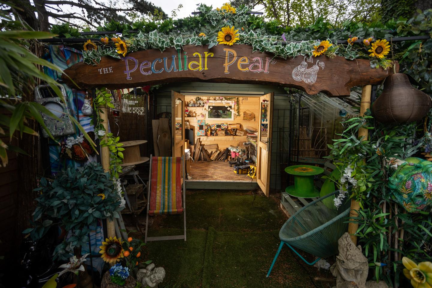 The Peculiar Pear was designed by Ally Scott and serves as her painting studio. The project is a finalist in the Workshop/Studio category