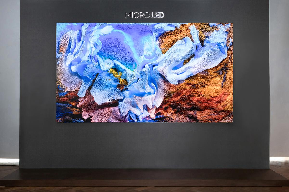 Samsung's 110 in MicroLED TV has a resolution of 4K and displays 100 percent of the DCI and Adobe RGB color gamuts