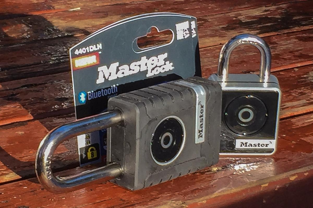 Master Lock 4401DLH Smart Padlock and Master Lock 4400D Smart Padlock
