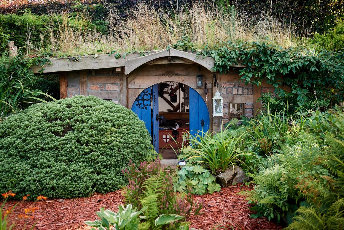 The Hobbit Hole-inspired Bux-End is the winner of the 2019 Cuprinol Shed of the Year competition