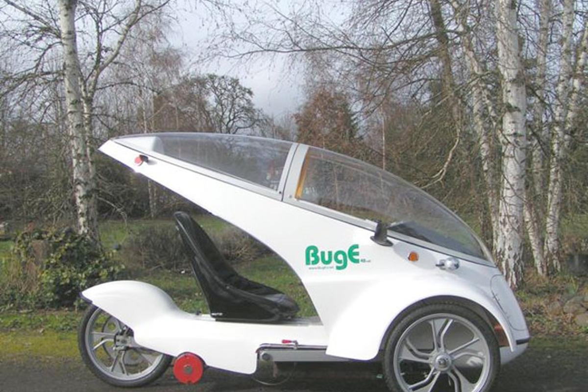 The BugE is a faired electric three-wheeler that buyers purchase as a kit, then put together themselves