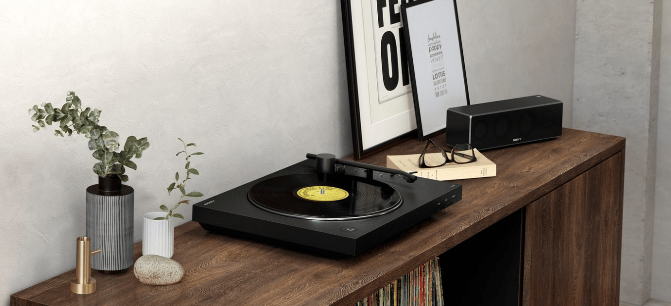 Sony spins up a new Bluetooth turntable