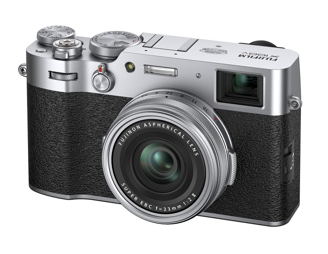 The X100V features the latest version of Fujifilm's hybrid viewfinder