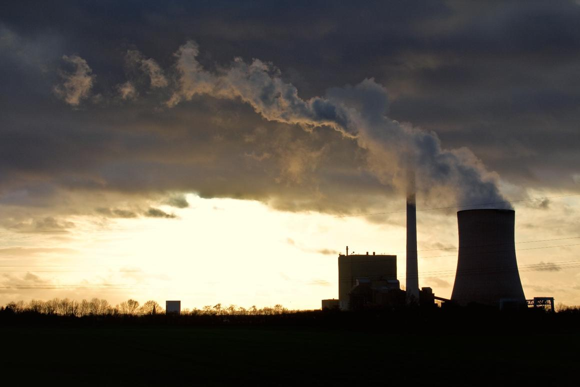 The researchers say that with a physical area less than 10 percent the size of the Sahara Desert, the method could cut concentration of CO2 in the atmosphere to pre-industrial levels within 10 years