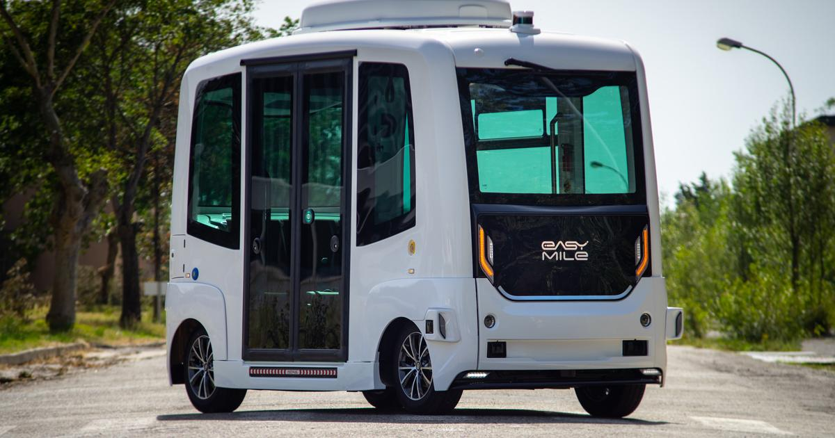 Sono Motors and EasyMile embed solar cells in driverless shuttle