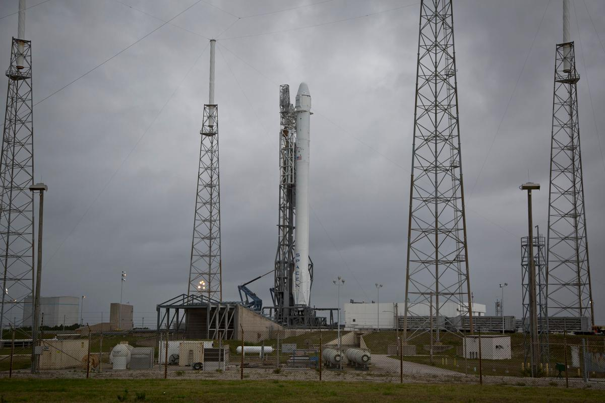 The Falcon 9 prior to launch (Photo: SpaceX)