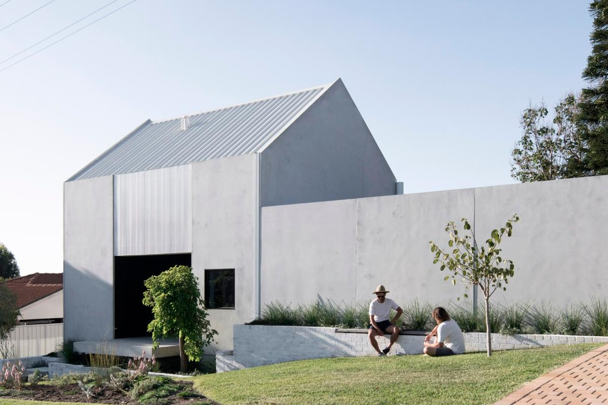 Whispering Smith innovative, carbon neutral House A