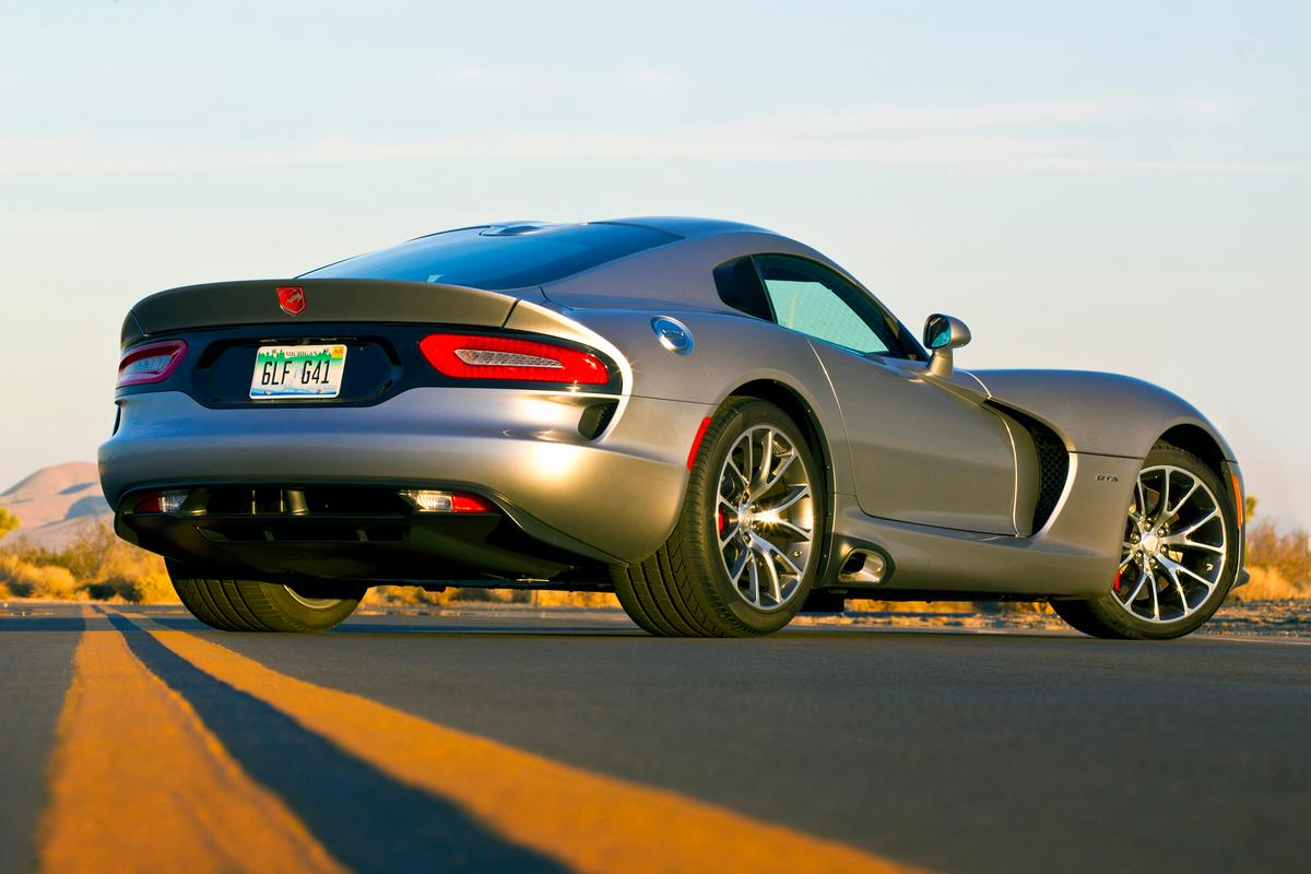 The 2015 Dodge Viper SRT packs 645 horses