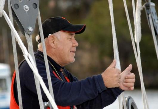 Bullimore about to leave from Hobart