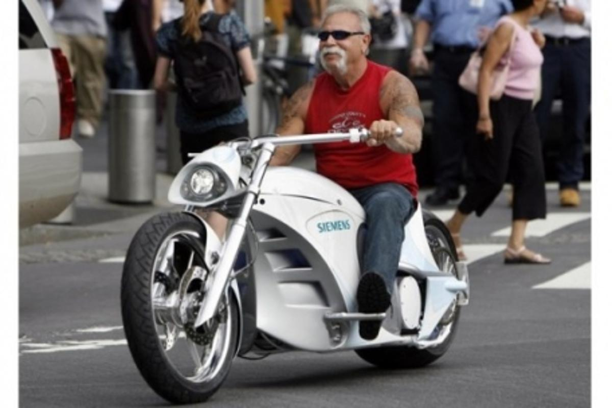 Paul Teutul Snr. cruises on the the Siemens Smart Chopper