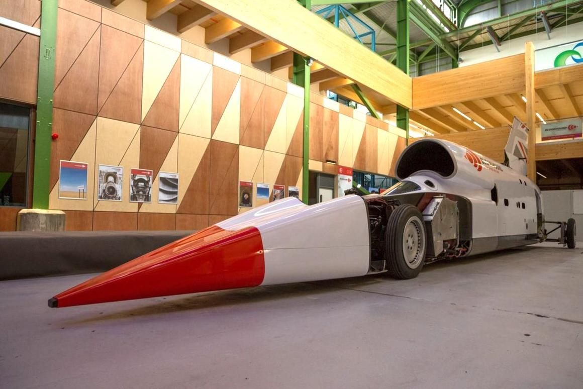 The Bloodhound LSR team will attempt a land speed record in late 2020