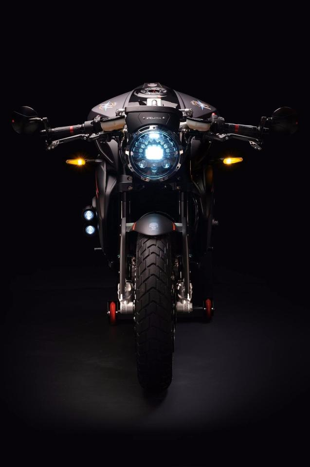 The MV Agusta RVS #1 replaced the standard headlight for an adaptive LED unit that shines towards the inside of every corner