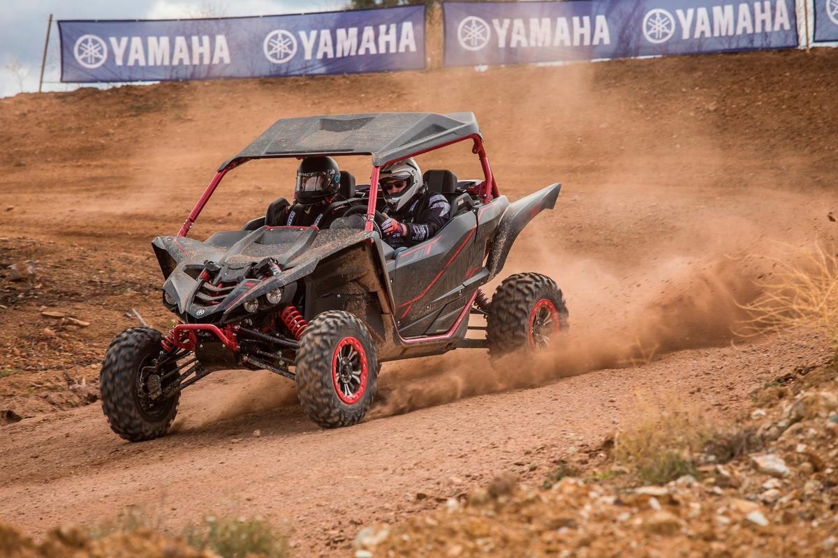Yamaha YXZ1000R SS SE:with sport shift auto, it's never been so easy to get sideways in the dirt
