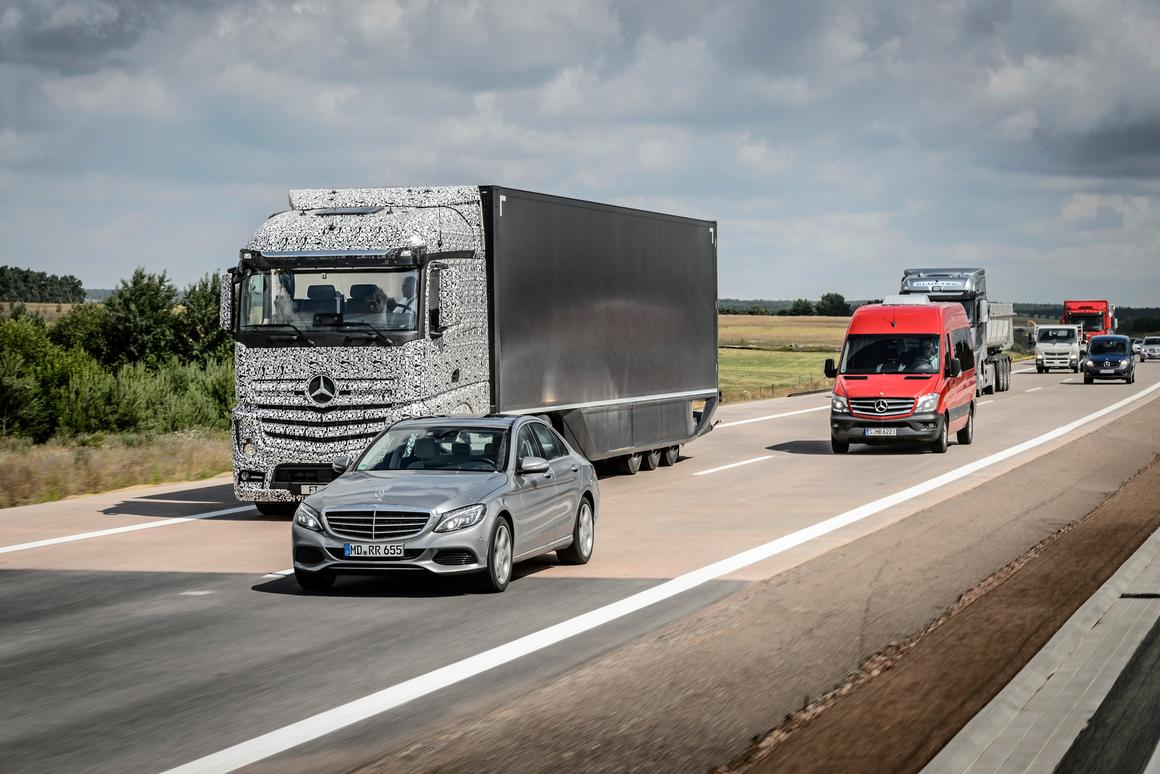 The Daimler autonomous truck may enter service by 2025