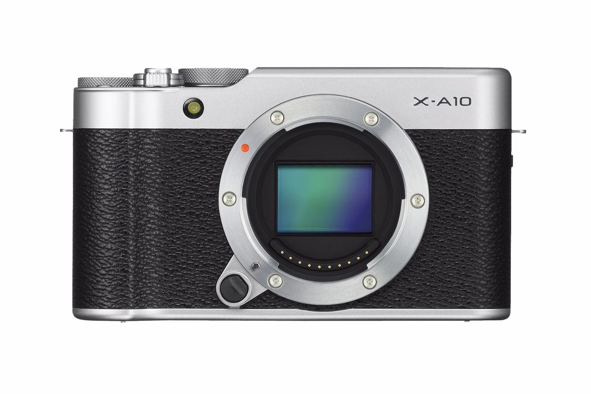 The Fujifilm X-A10 is a new entry-level mirrorless camera