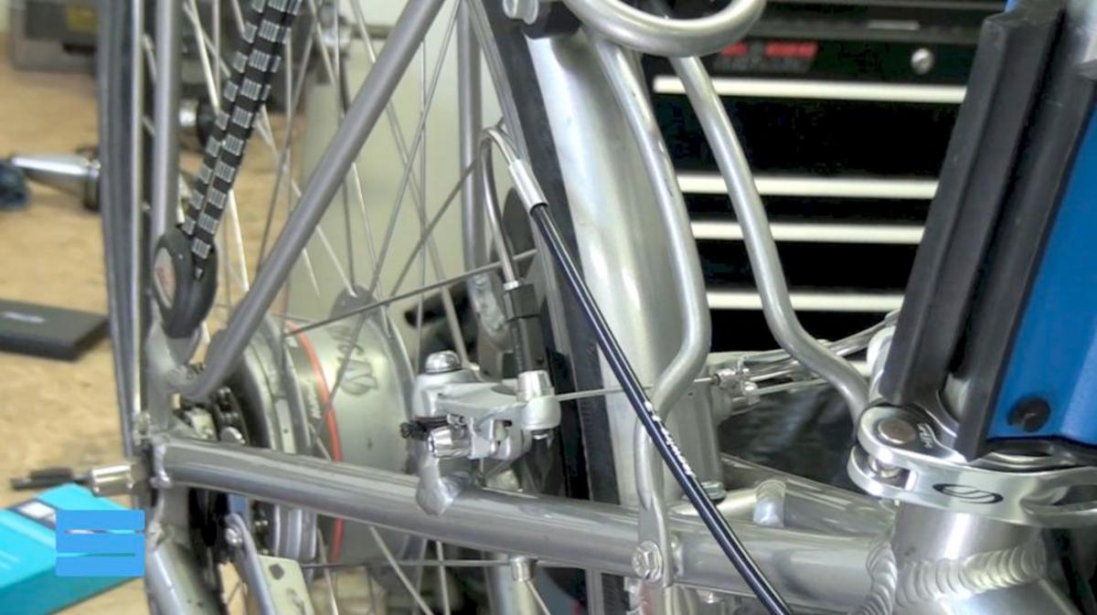 Slidepad uses the rear brake to activate the front brake
